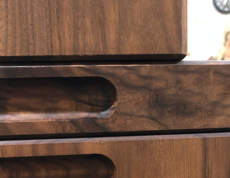 Handles for cutting boards